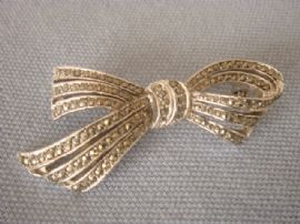 1950s - 1960s Stylised Bow Brooch - Rhodium set with Real Marcasites (SOLD)